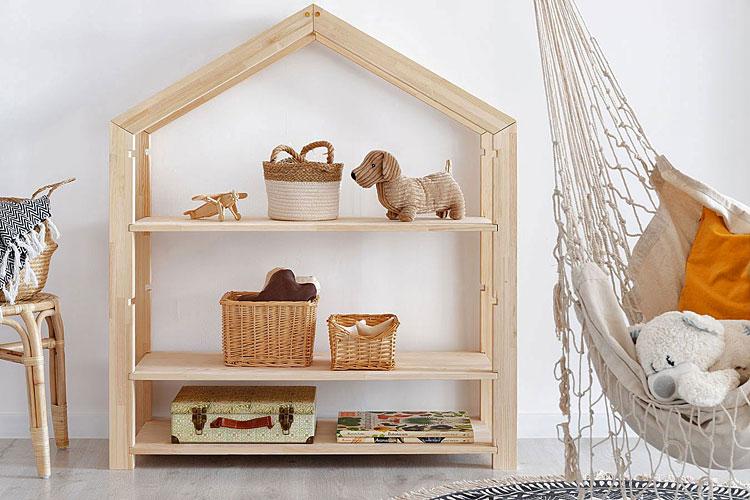 drewniany regał domek do pokoju dziecka