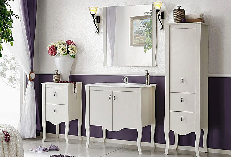 lustro ścienne wraz z kompletem mebli do łazienki
